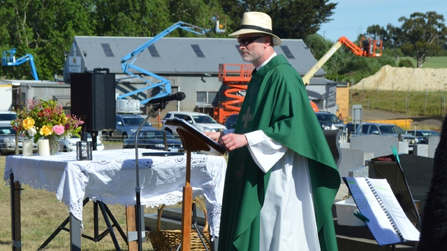 Bungaree Parish Cemetery Mass 2
