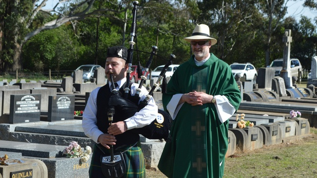 Bungaree Parish Cemetery Mass 6