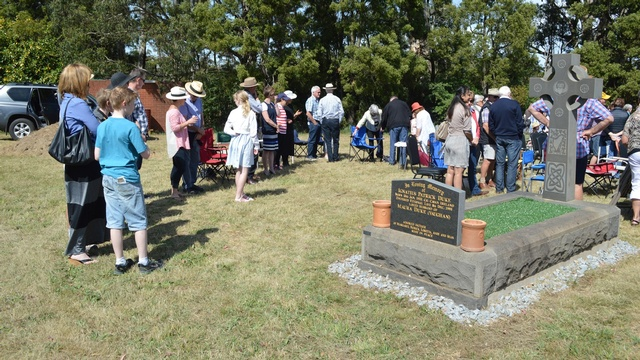 Bungaree Parish Cemetery Mass 8